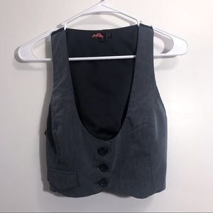 Cropped Button-Up Racerback Vest